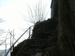 De trap op naar de ruine